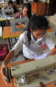 cambodian garment factory workers
