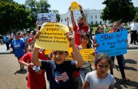 immigrants-and-activists-protest-obama-response-to-child-immigration-crisis-1