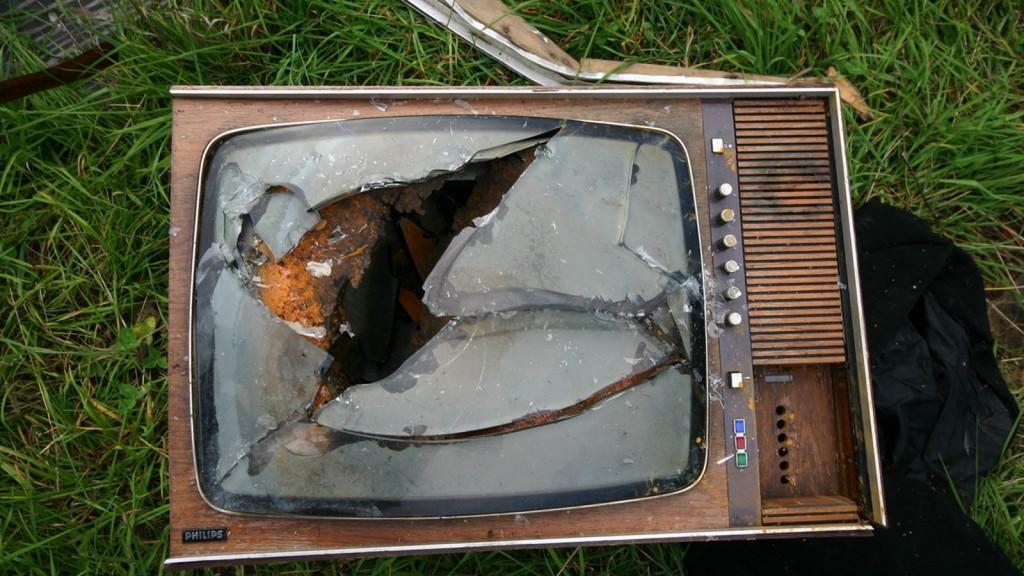 broken_tv.0.0