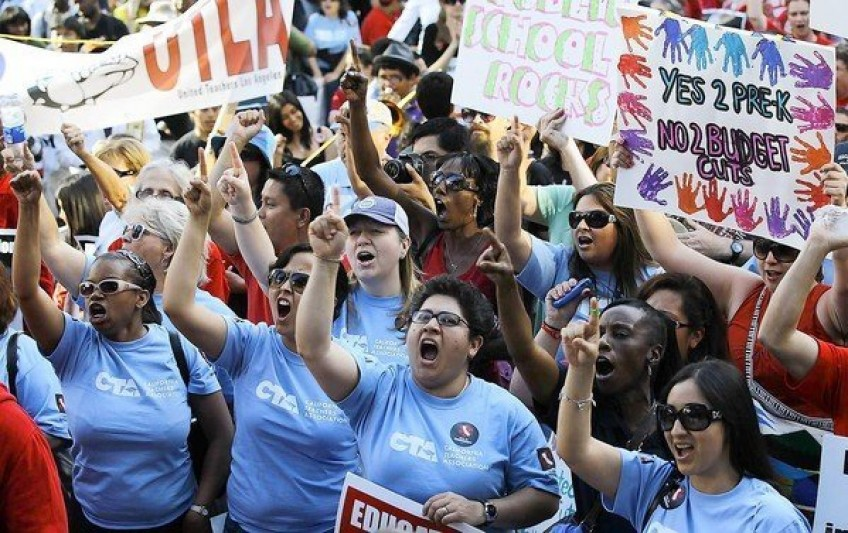 California-Teachers-Association-protest-848x0-c-default