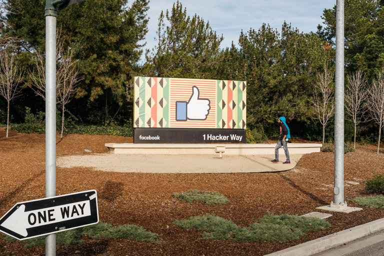 The entrance to Facebook's headquarters in Menlo Park, Calif., where a group of 16 Republican pundits and politicians met with Mark Zuckerberg, Sheryl Sandberg and other top executives on Wednesday. Credit Jason Henry for The New York Times