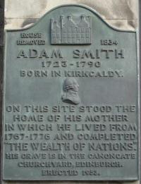 Kirkcaldy_High_Street_Adam_Smith_Plaque