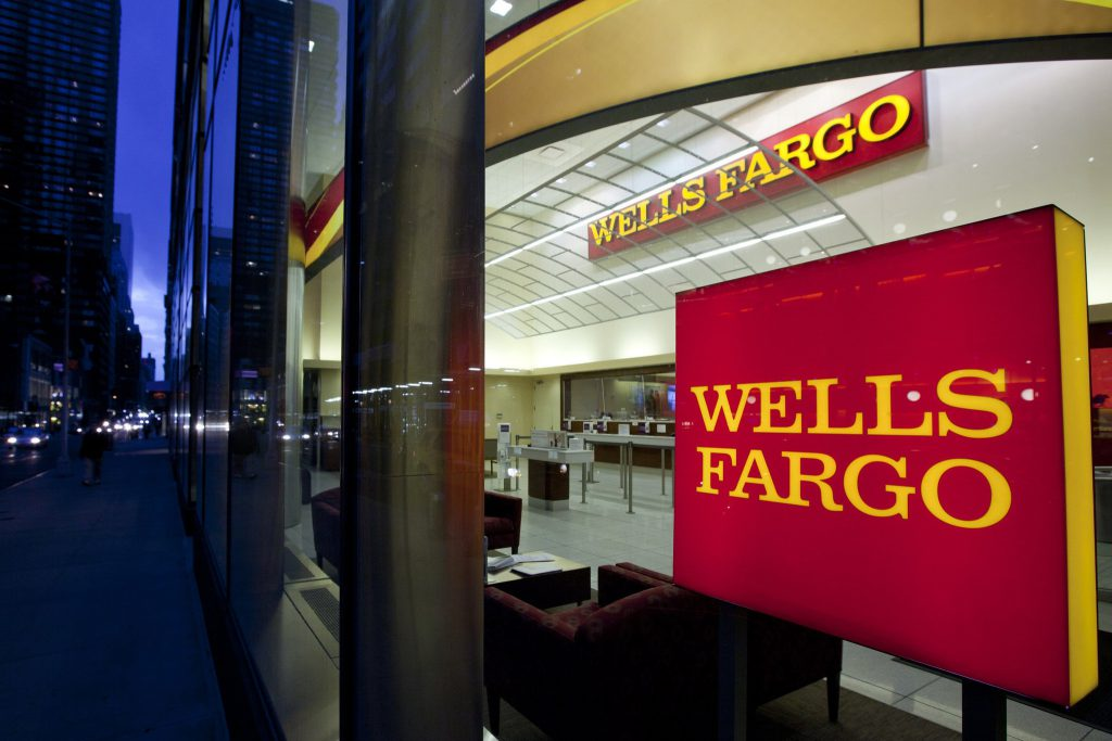 ct-wells-fargo-settlement-questions-oversight-20160910